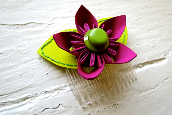 Paper Flower Hairpiece, Headpiece, Comb, Kusudama, Fuchsia, Green