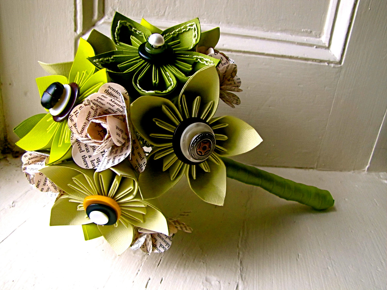 Green Kusudama And Rose Folded Paper Flower Bouquet For Wedding Or ...